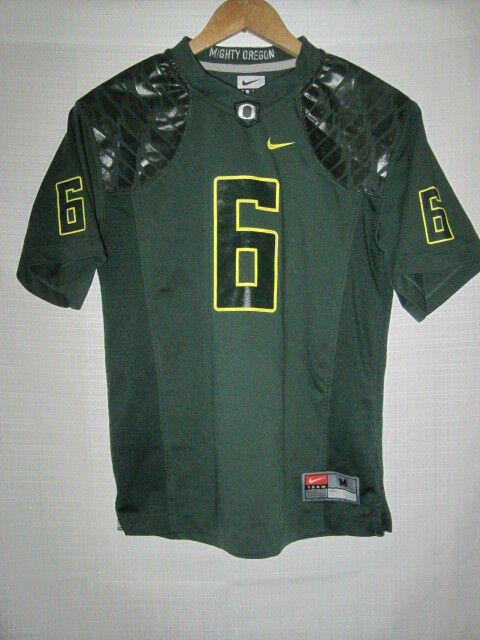 reputable site ace11 3b869 Oregon Ducks Nike college football jersey kids boys M #6 green