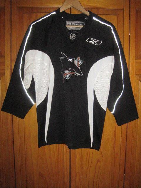 new concept e1572 1d497 San Jose Sharks hockey jersey kids boys L 14/16 black NHL Reebok