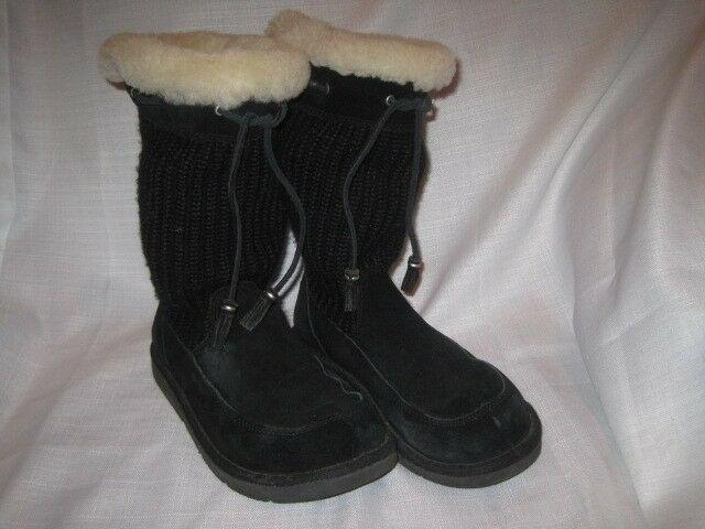 ec69b2d375b UGG Suburb Black Crochet Boots women's 7 winter snow S/N 5124