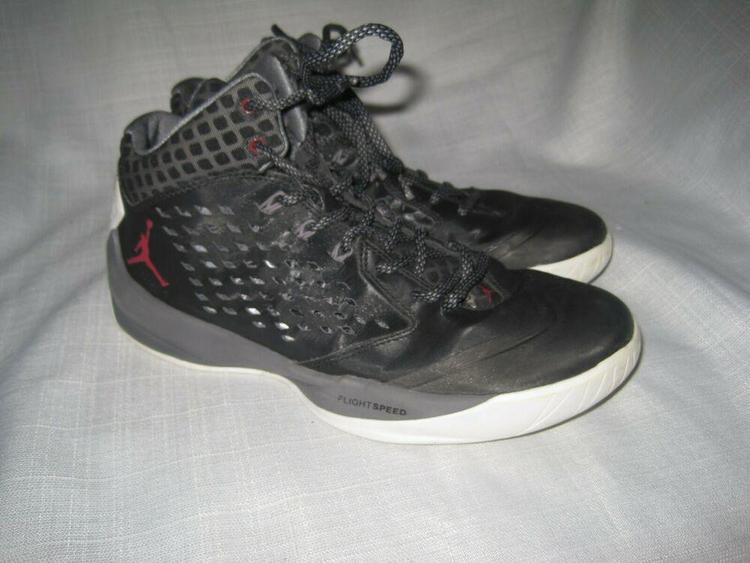 online retailer ae80f e1f67 Nike Air Jordan Rising High men's 7.5 Black Red Gray 768931-004 Basketball