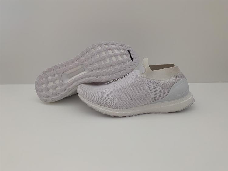 brand new 9c9f6 a5365 NEW! Adidas Ultraboost Laceless 'Triple White' Men's Size US 10 - S80768