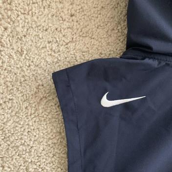 best sneakers db58a 90493 Nike NFL Chicago Bears Shield Fly Rush Hoodie Vest Jacket ...