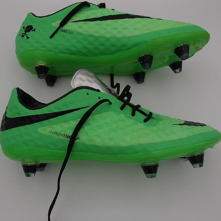 new concept 45da6 1e921 FREE soccer BALL used NIKE HYPERVENOM acc PHANTOM SG nikeskin MENS sz 7  italy Brine voetbal futbal