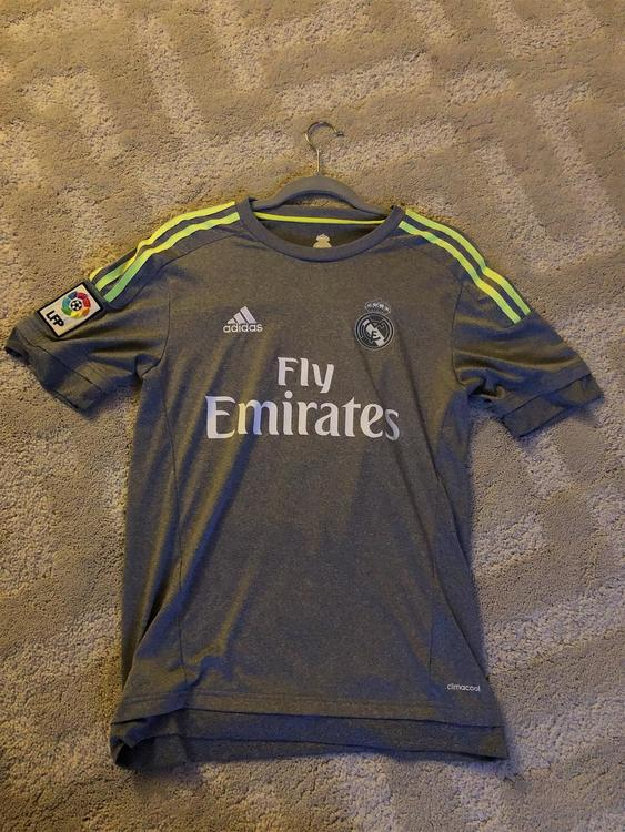 new style fc5cb 6962f New 15-16 Real Madrid Jersey (Ronaldo #7)