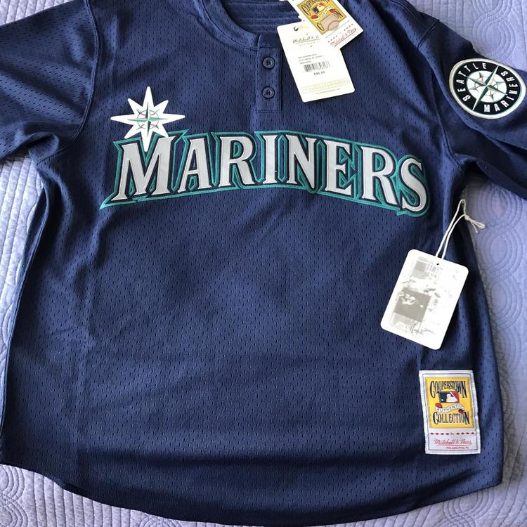 low priced fc982 ea5ff Ken Griffey Jr. New Mitchell & Ness BP Jersey Adult Large
