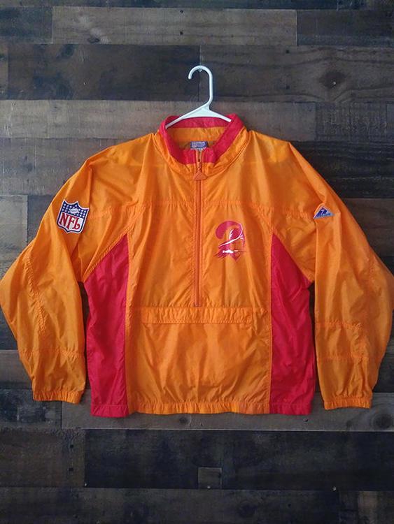 489fd686 Vintage 1990s Apex One NFL Football TAMPA BAY BUCCANEERS Defunct Logo  Windbreaker Jacket