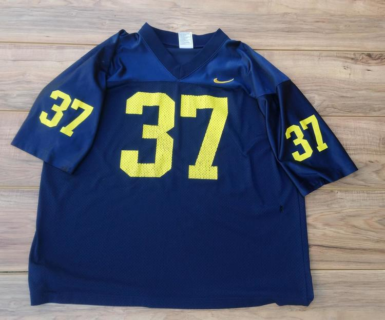 cheap for discount 1e612 9d946 Michigan Wolverines NCAA Nike Football Jersey Size Adult Large