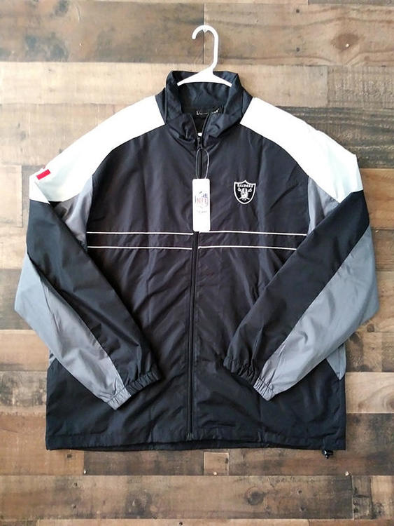 check out 4b630 71ea7 New NFL Football OAKLAND RAIDERS Black White Sports Illustrated Windbreaker  Jacket