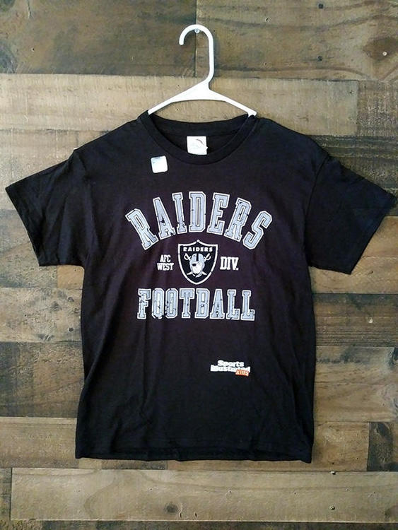 ab737616 New NFL Football OAKLAND RAIDERS Black Silver Sports Illustrated Kids Youth  Team Shirt