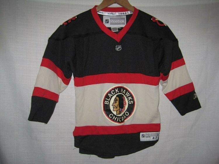 finest selection 1aa5a d2b67 Chicago Blackhawks Throwback Reebok Hockey Jersey Kids Boys 4-7 Black