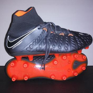 detailed look 55de4 6e6dd Nike Hypervenom Phantom III DF FG Cleats | Buy and Sell on ...