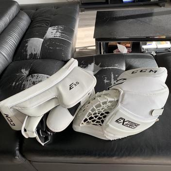 CCM Extreme Flex III Goalie Gloves & Blockers | Buy and Sell