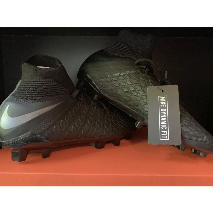 pretty nice f0bee f8b2e Nike Hypervenom Phantom 3 Elite FG JR Black Soccer Cleats Size 4Y