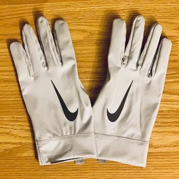 best sneakers 116e6 96257 Football Gloves | Buy and Sell on SidelineSwap