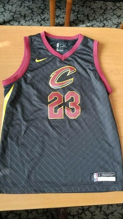 purchase cheap 5cc6e be535 Cleveland Cavaliers Lebron James #23 Nike Youth Large L Swingman Jersey -  Black