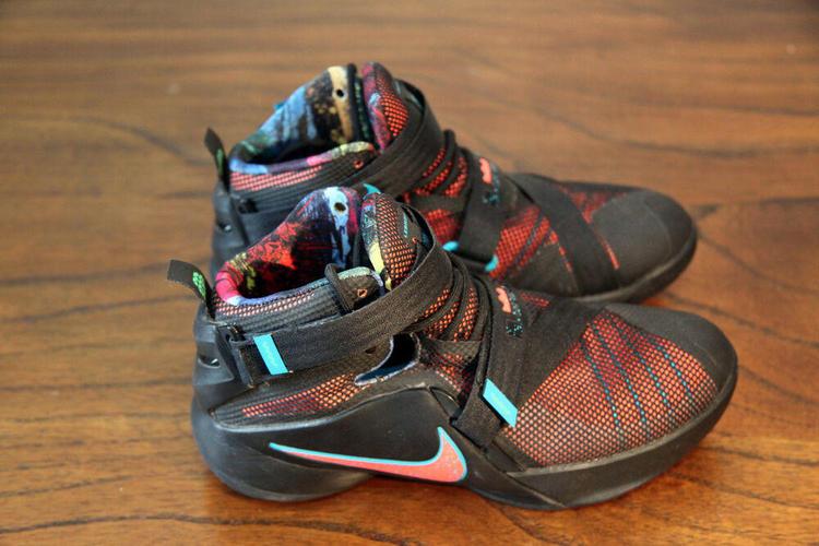Nike Lebron James Shoes Youth Kids