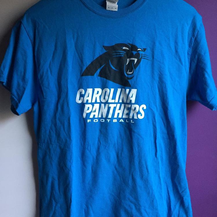 low priced debde a8fe7 NFL Carolina Panthers Size Medium Graphics Blue Shirt Adult