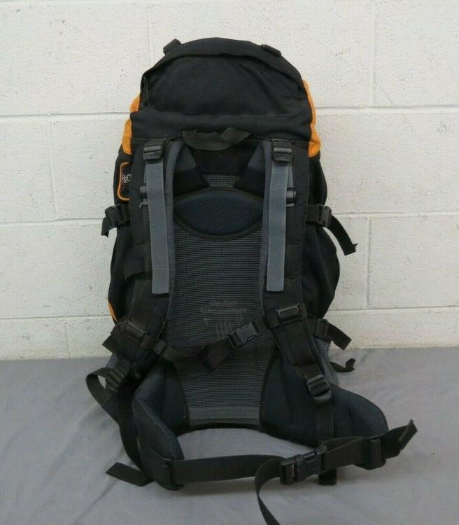 Deuter Air Comfort Futura 42 Internal Frame CampingHiking Backpack Black GREAT   Hike & Camp Backpacks   SidelineSwap