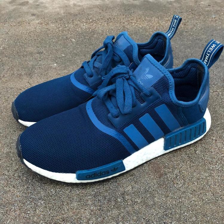 Adidas NMD R1 Blue Night sz 10