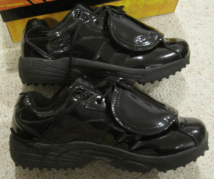 3n2 Reaction Lo Mens Baseball Umpire Shoes Black NEW