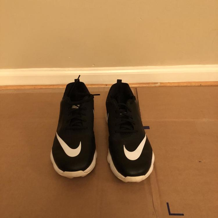 Nike (Size 7)   Golf Shoes