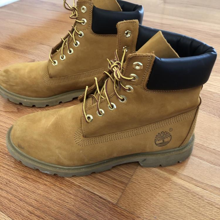 Men's Timberland Waterproof Boots With Padded Collar Size 8