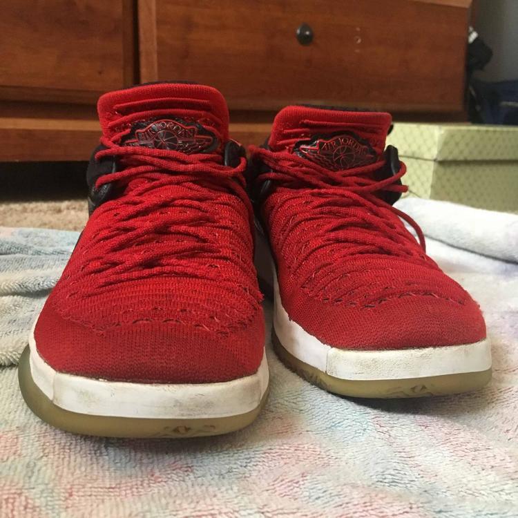 Red Men's 7.0 (Women's 8.0) Air Jordan Shoes | SidelineSwap