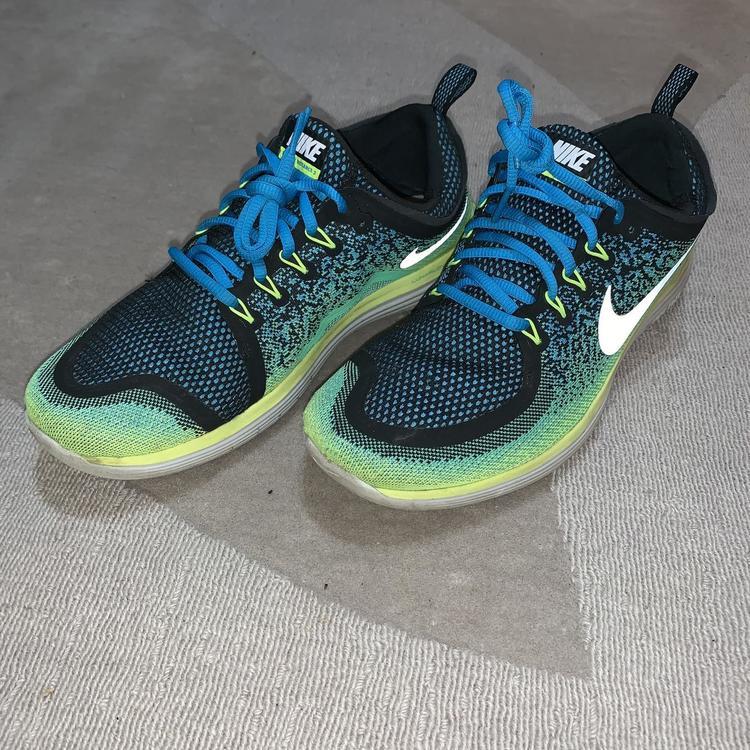 ofrecer descuentos último descuento Precio 50% Nike Free RN Distance 2 Men's 10.5 (W 11.5)