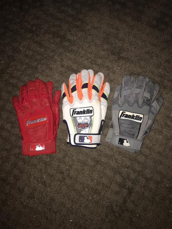 Bundle Youth Medium Batting Gloves