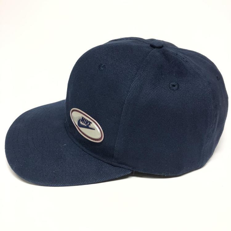 no usado poetas vacío  Nike Vintage 90s Snapback Hat | Apparel Hats