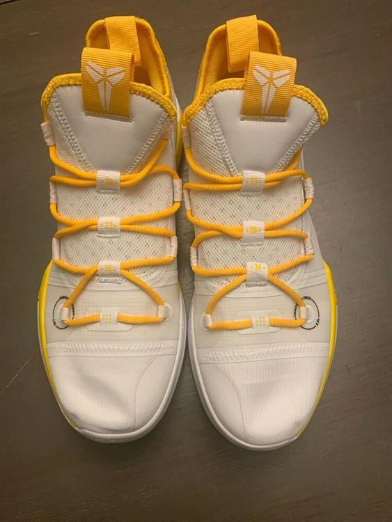 Nike Kobe AD Exodus AT3874-106 White//Yellow Basketball Shoes Men/'s Size 12.5