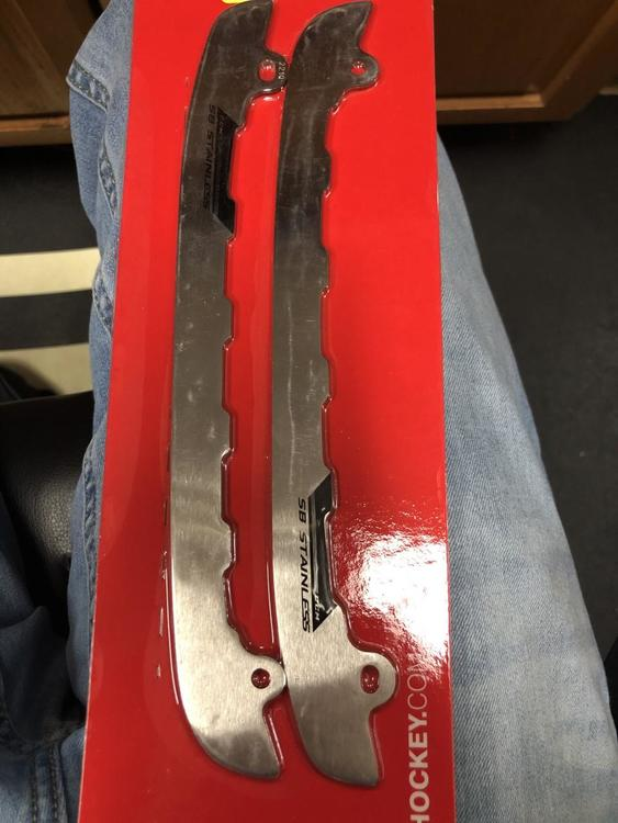 Reebok CCM E Pro Blade Holder And Steel Blade #255 R