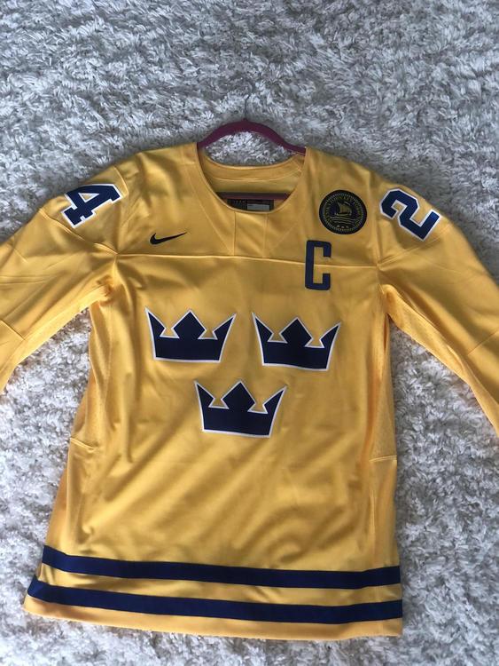 atarse en bonita y colorida más popular Nike New Medium Lias Andersson Team Sweden Jersey (Men's) | Hockey ...