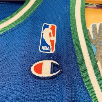 Vintage Jamal Mashburn Dallas Mavericks Champion Basketball Jersey