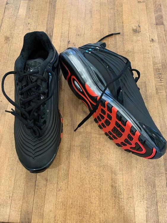 Nike Air Max Deluxe SE Black Crimson Size 8.5 AO8284 001 1 90 95 97 98 | Footwear Turfs, Indoor, Sneakers & Training | SidelineSwap