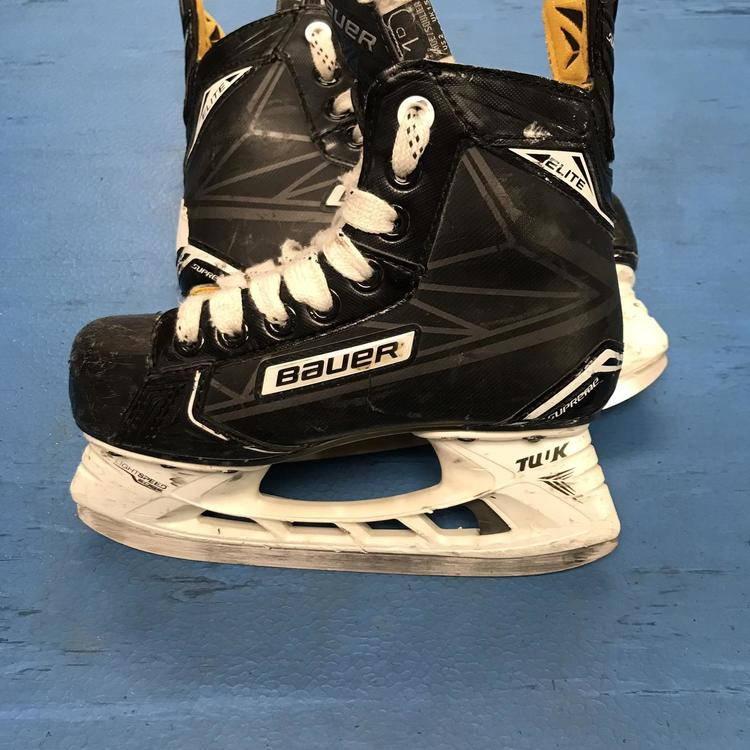 Bauer (Size 1D) Junior Supreme Elite | SOLD | Hockey Skates