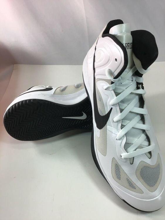 nike basketball shoes size 12