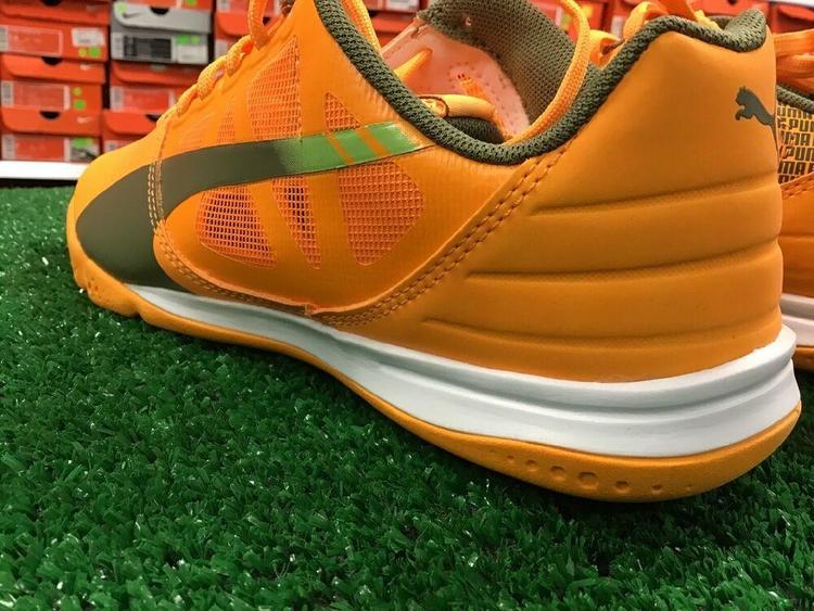 Puma New EvoSPEED SALA Indoor Shoes Orange Olive Green Size 4.5 NIB FIRM PRICE FotbollsskorSidelineSwap Fotbollsskor SidelineSwap