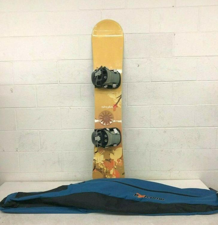 K2 Skyla 147cm Twin-Tip All-Mountain Women's Snowboard