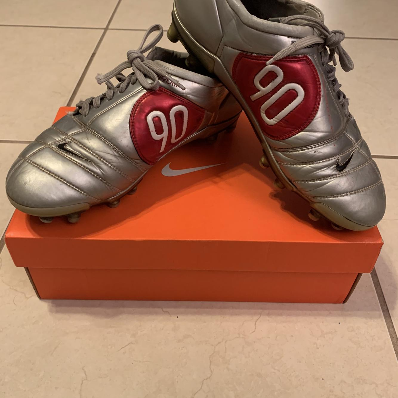 Classic T90 Zoom Air III Size 9 Cleats