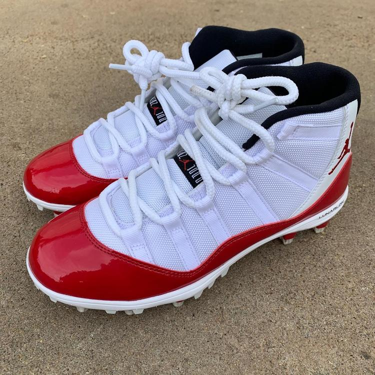 Air Jordan 11 Retro TD 'Red' sz 8