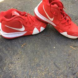 kyrie 4s red