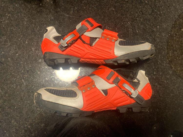 Silenciosamente Discriminatorio rompecabezas  nike acg mountain bike shoes Shop Clothing & Shoes Online