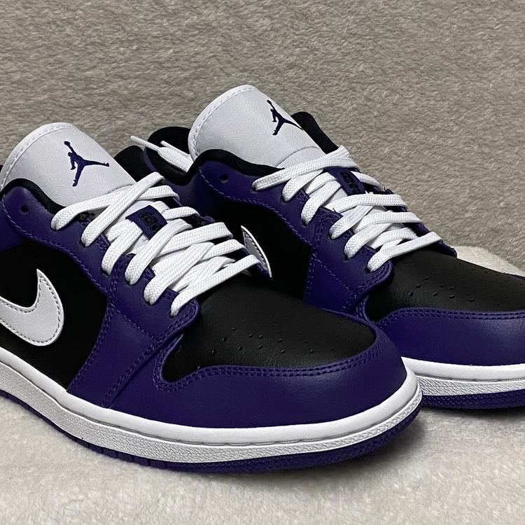 NIKE Air Jordan 1 Low Mens Size 7.5 Court Purple/White-Black Sneakers  553558-501 | SidelineSwap