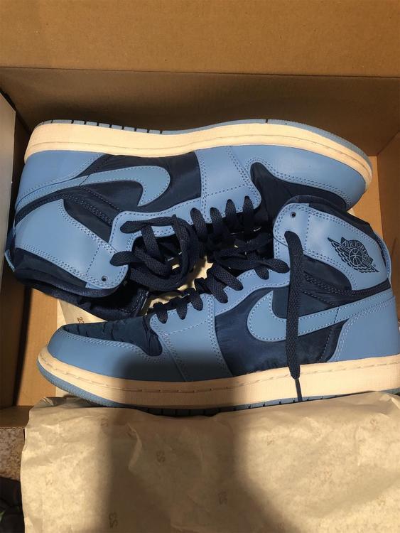 Jordan Nike Shoes Size 10 Baby Blue