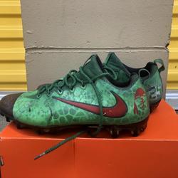 Nike Custom Vapor   Football Cleats
