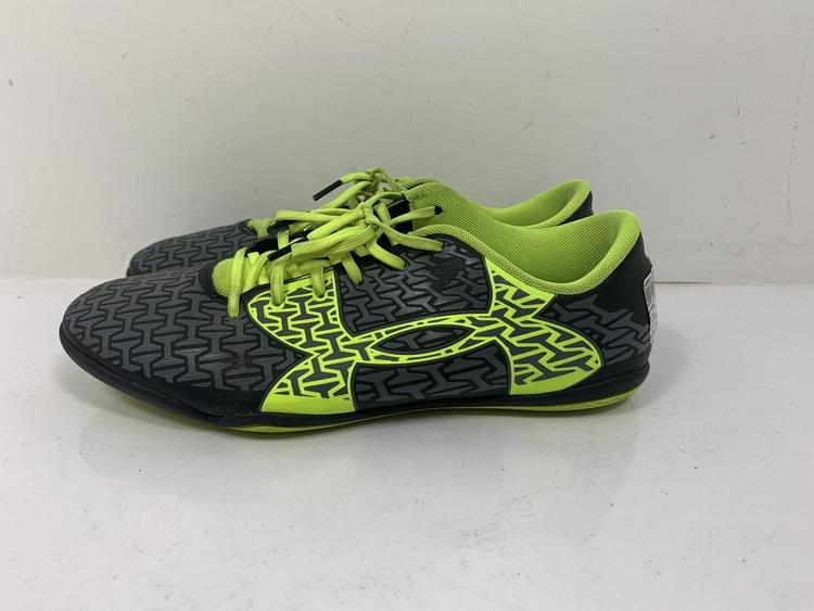 Used Under Armour Youth 08.0 Indoor