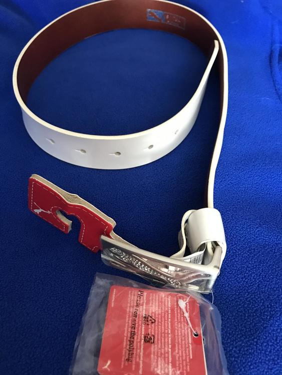 puma white belt