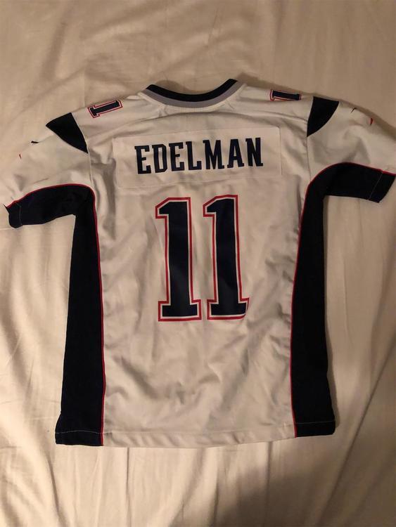 Youth Medium Julian Edelman Fan Wear Jersey | SidelineSwap