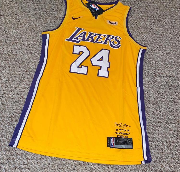 "Kobe Bryant 24 Los Angeles Lakers ""Memorial"" Adult 52 Jersey"
